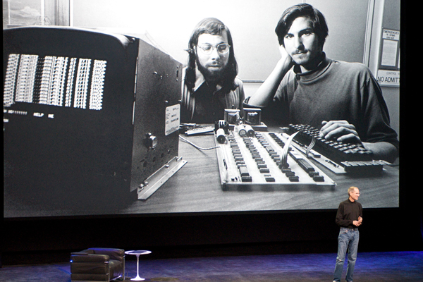 Steve Jobs e Wozniak num Keynote da Apple