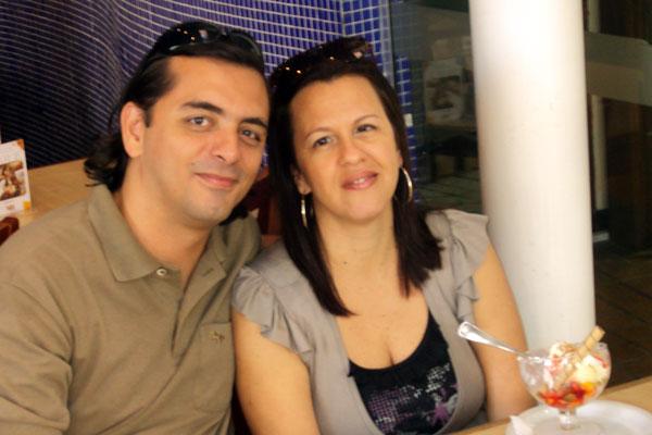 Eu e Cida no aniversário de 14 anos de casamento em 2010